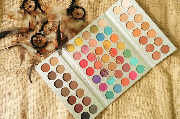 Review Beauty Glazed Gorgeous Me Eye Shadow Tray