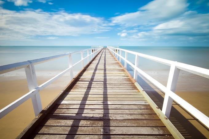 Αν περιμένεις το σαββατοκύριακο για να ζήσεις, θα ζήσεις λιγότερο από το μισό της ζωής σου!