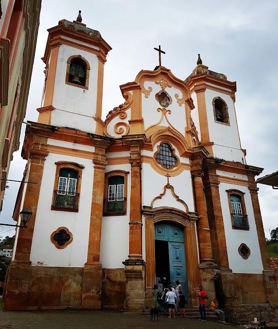 Igreja Matriz de Nossa Senhora do Pilar - Ouro Preto, Minas Gerais - Segunda Igreja mais rica do Brasil, Aleijadinho, Barroco, Ouro, Prata