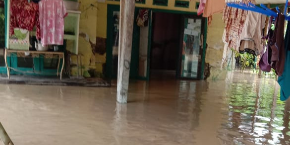 Lebih 3.500 Keluarga Mengungsi Akibat Banjir Karawang