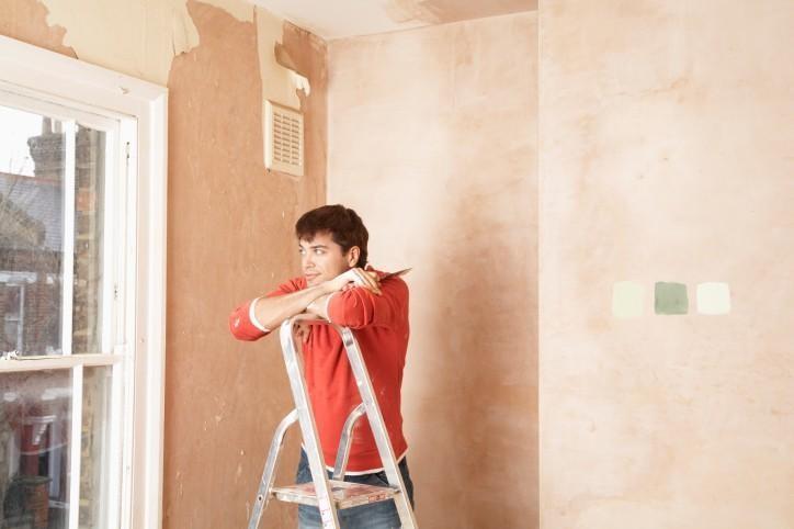 Una decorazione da parete personalizzata. Idee Utili Per La Casa Come Dipingere Sulla Carta Da Parati