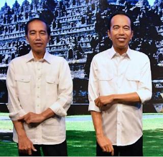gambar Patung lilin Jokowi berdiri di Museum Madame Tussauds Hongkong