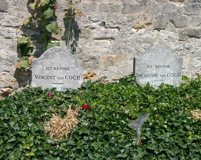 Vincent and Theo van Gogh's graves, Cimetière d'Auvers sur Oise, Chemin des Vallées, Auvers-sur-Oise, France