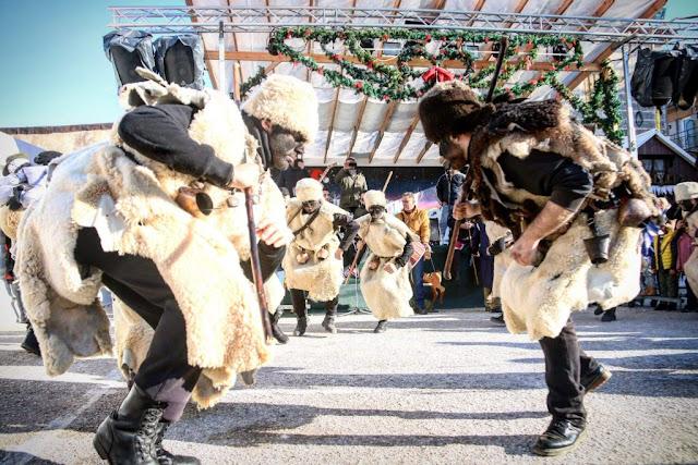 Τα Μωμο' έρια «ξόρκισαν το κακό» σε Νέα Σαμψούντα και Πρέβεζα