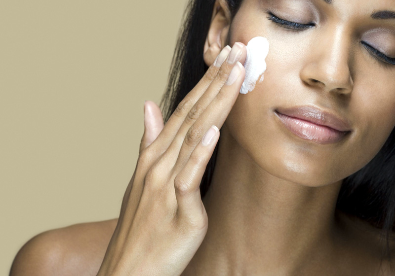 10 Cheap Ways to Keep Your Skin Healthy This Winter