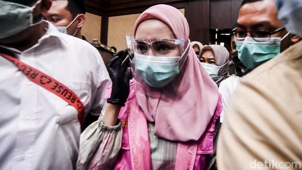 Aksi Jaksa Pinangki: Gaji Puluhan Juta tapi Habis Miliaran saat Belanja
