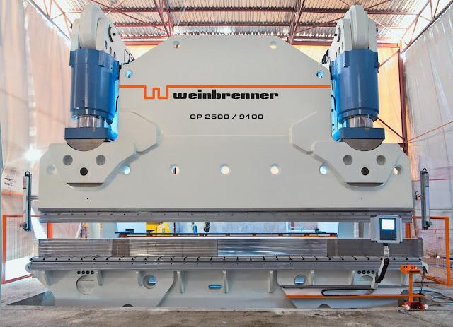 hình ảnh máy chấn tôn thuỷ lực 2500 tấn x 9100mm