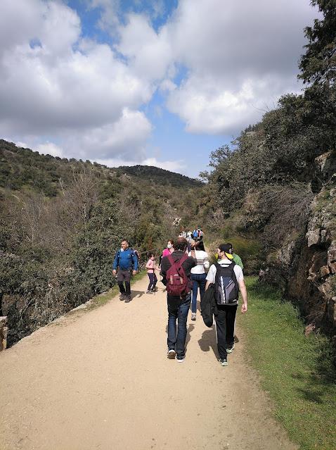Senda de las Cascadas del Hervidero un domingo con mucha gente