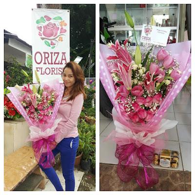 harga 1 buket bunga mawar di surabaya, bunga tangan pengantin surabaya, toko bunga tangan di surabaya