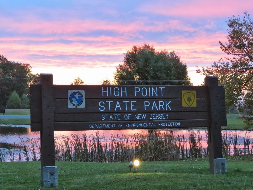 Gone Hikin': High Point State Park, NJ - Steeny Kill Lake