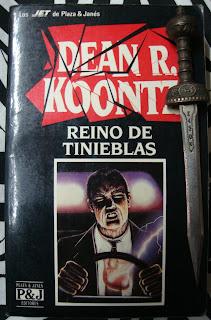 Portada del libro Reino de tinieblas, de Dean R. Koontz