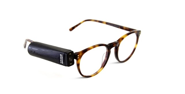 Aparelho de visão artificial para cegos lê e reconhece cores e pessoas