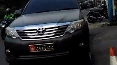Mobil Dinas TNI yang Viral Dipakai Sipil Atas Nama Purnawirawan