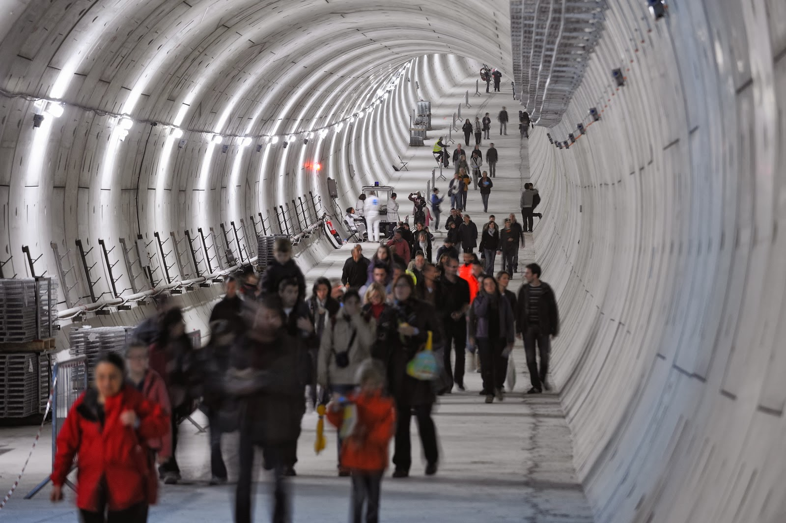 tunnel+metro+oullins