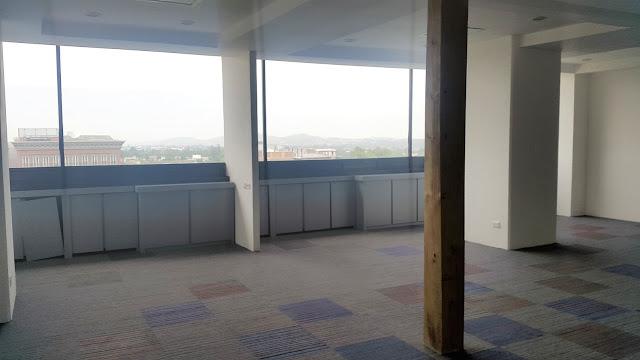oficina en zona 10 renta