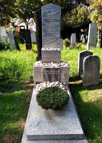 Grave of Viktor Frankl