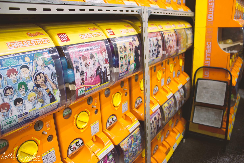 gashapon in akihabara, capsule machine