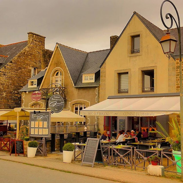 Locornan - Brittany, In France I Travelling Hopper 2016