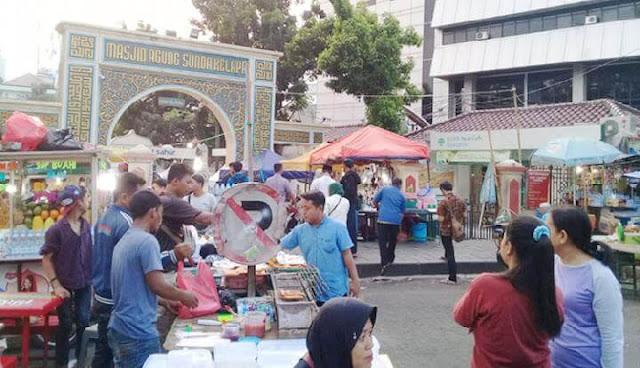3-Rekomendasi-Pasar-Takjil-Terbaik-di-Jakarta-Untuk-Berbuka-Puasa