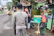 Petugas Gabungan Kecamatan Kemangkon Gelar Operasi Yustisi dan Monitoring PPKM Mikro