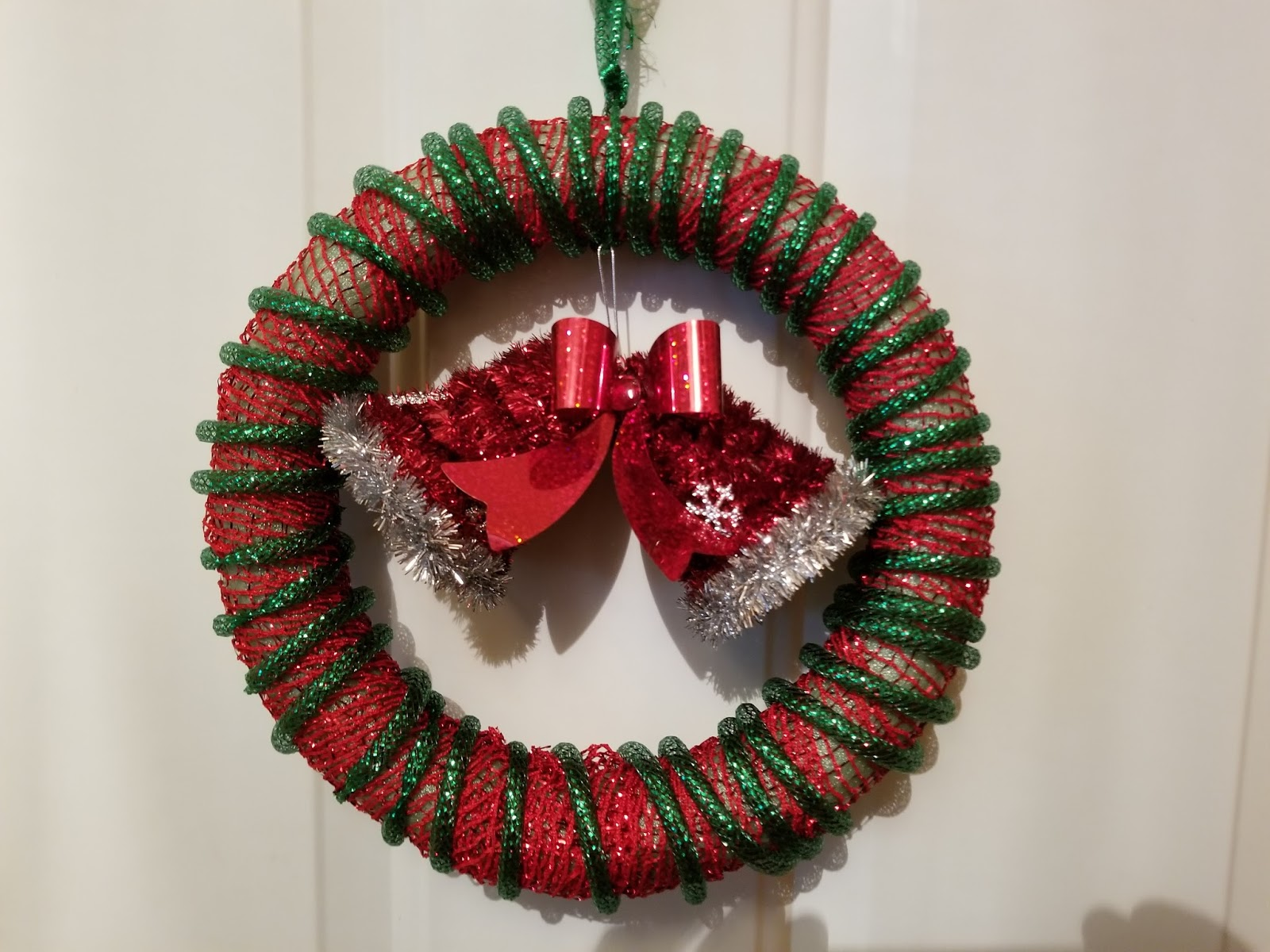 Learn How To Make An Easy Dollar Store Christmas Wreath