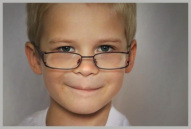 10 Sifat dan Karakter Anak Terakhir Dalam Keluarga