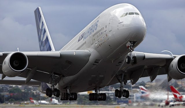 Airbus A380 Take-Off