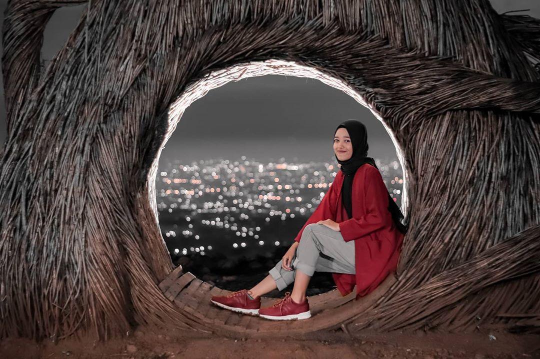 Foto-foto Keren Dari Hutan Pinus Pengger, Bantul, Jogja