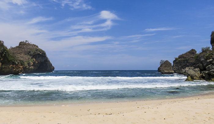 Pantai Krokoh di Antara Jogja dan Jawa Tengah