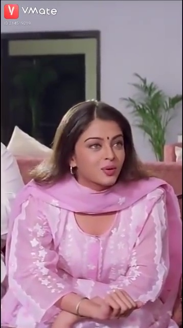 we can definitely say that Aishwarya Rai looks like a perfect Indian beauty in pink salwar suit.