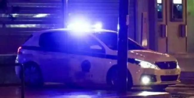 Αστυνομικοί εν ώρα υπηρεσίας πήγαν με το περιπολικό σε παράνομη λέσχη για να τζογάρουν