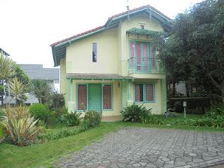 Villa Istana Bunga Blok H No 7