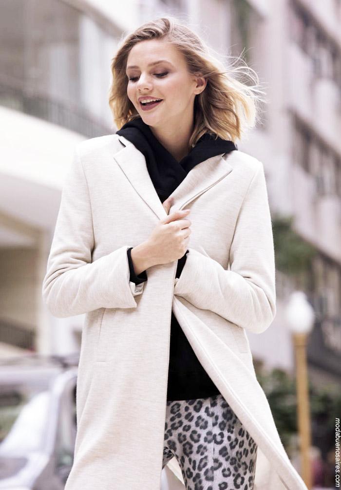 Sacos largos invierno 2019 moda mujer.