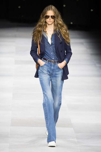 De qué color se llevan los jeans rectos