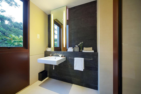 The Club Residences 3 Bedroom Suites - Bathroom 2