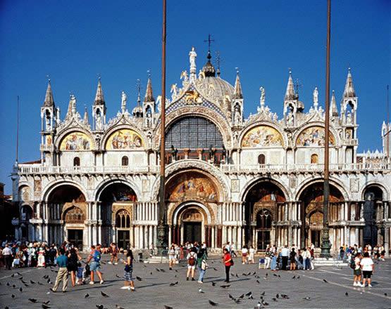 La Basílica de San Marcos en Venecia