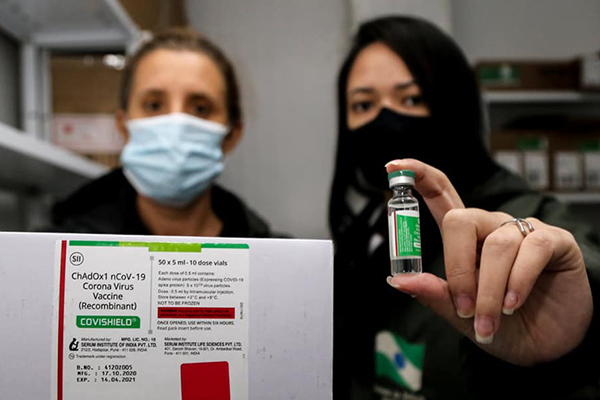 Vacina da Oxford/Astrazeneca chegou domingo (24) a Maringá – Foto: Divulgação/PMM
