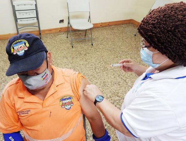 Inició vacunación de recolectores de la municipalidad de Goicoechea