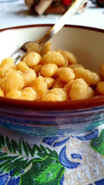 fasola jaś z masłem,potrawa wigilijna jaś z masłem,tradycyjny jaś z masłem,z kuchni do kuchni, najlepszy blog kulinarny,jak ugotować fasolkę