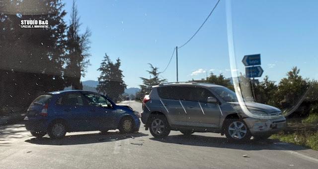 Σύγκρουση αυτοκινήτων στην Επ. οδό Άργους - Ναυπλίου