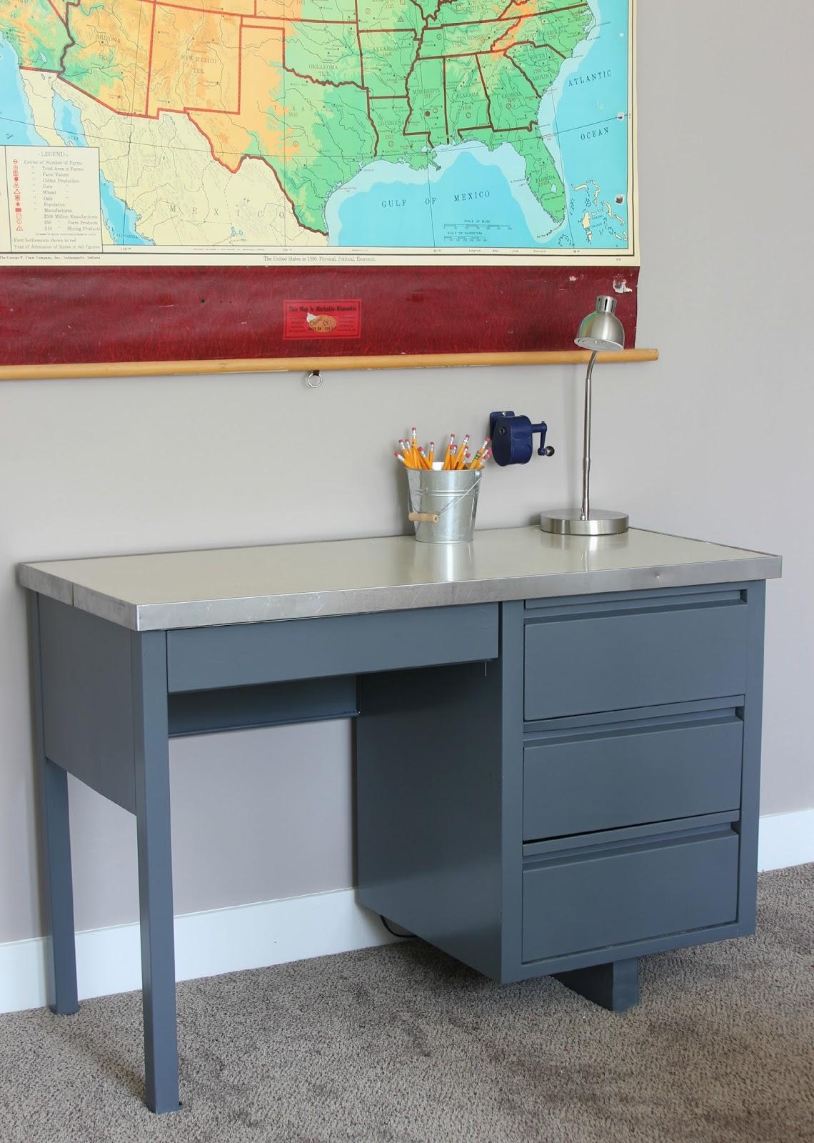 Desk In Roycroft Pewter By Sherwin Williams