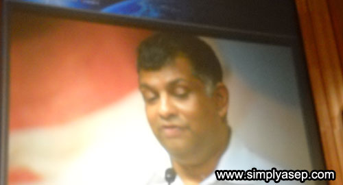 I took photo of Mr Tony Fernandes, CEO Of Air Asia Malaysia, from giant screen during his speech on Youth Engagement Summit held in Putrajaya Convention Center last November 2009. Photo Asep Haryono