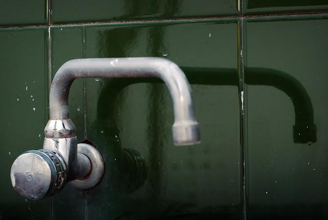 rubinetto-acqua sporca