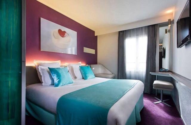 Hotel du Cadran em Paris - quarto