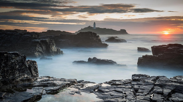 Sunset Sea Rocks Lighthouse View Wallpaper