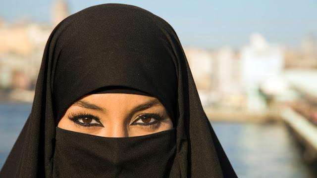 ارملة سورية مقيمة فى المدينة المنورة السعودية ابحث عن زوج يكون اب لادولادي حنون ذكي يقدر زوجتة