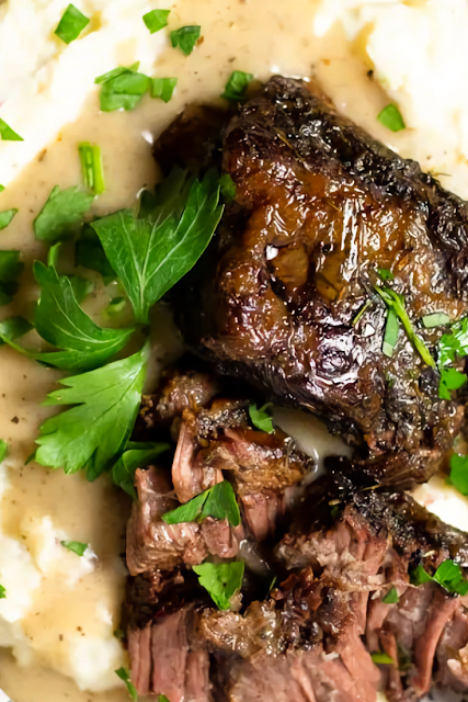 Slow Cooker Braised Beef Short Ribs