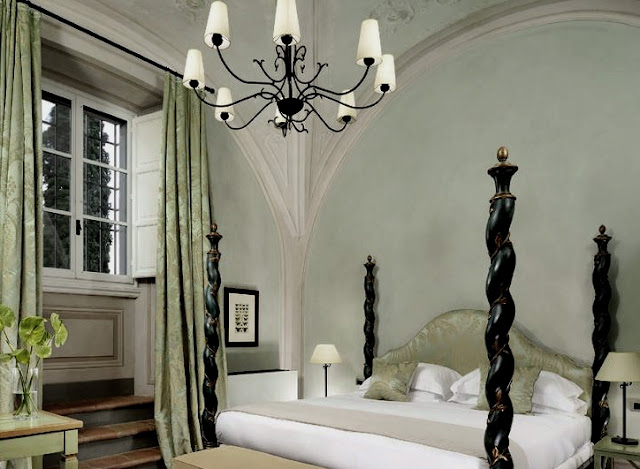 Castello del Nero, deluxe suite, image via Castell del Nero website, edited by lb for linenandlavender.net: http://www.linenandlavender.net/2010/01/design-daily-hotel-feature-castello-del.html
