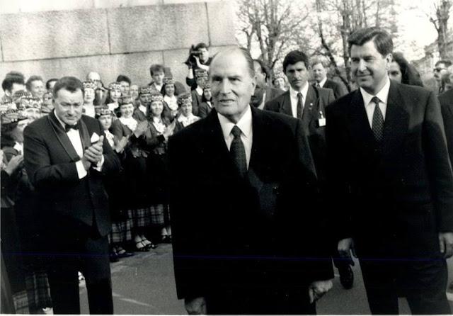 1992 год. Рига. Президент Франции Франсуа Миттеран и председатель ВС Латвии Anatolijs Gorbunovs