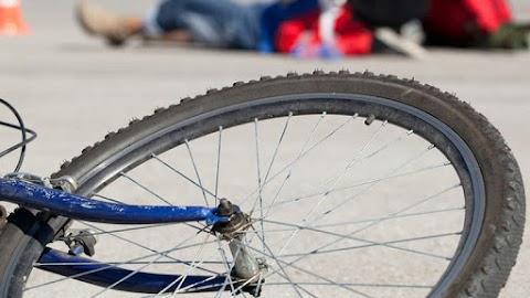 Tótkomlóson elgázoltak egy kerékpárost